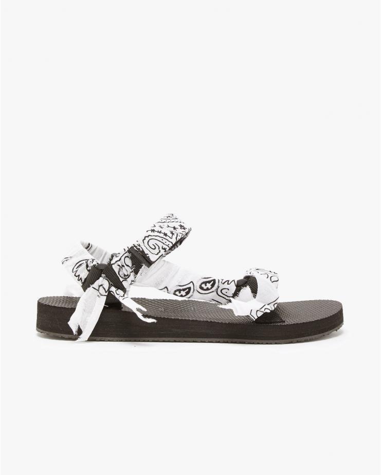 Arizona Love, Trekky White Sandals