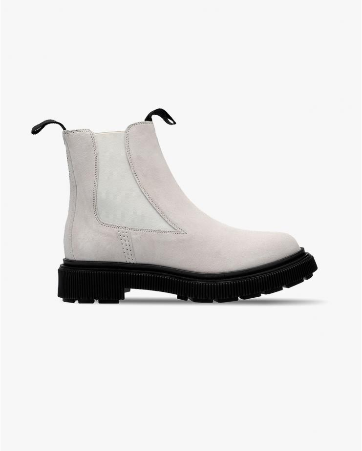 Type 146 Boots in Off White