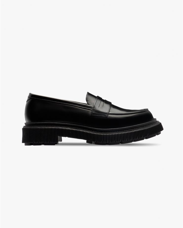 Type 159 Loafers in Black