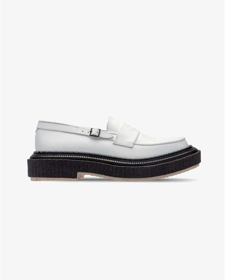 Type 162 Loafer in White