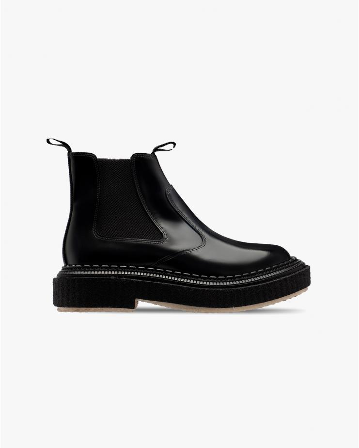 Type 155 Boot in Black