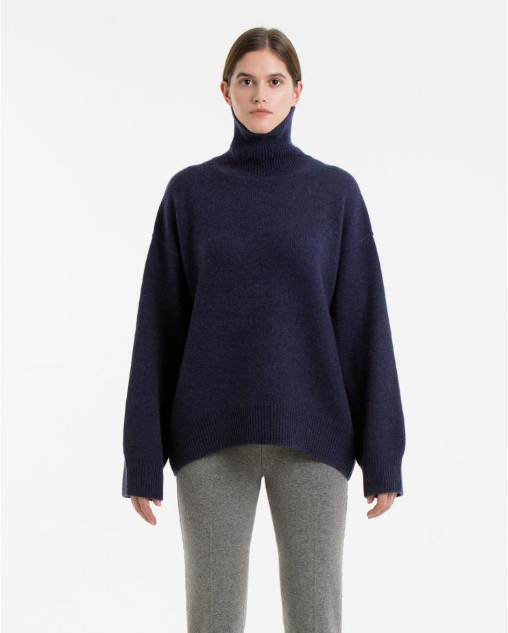 Oversized Jumper in Navy
