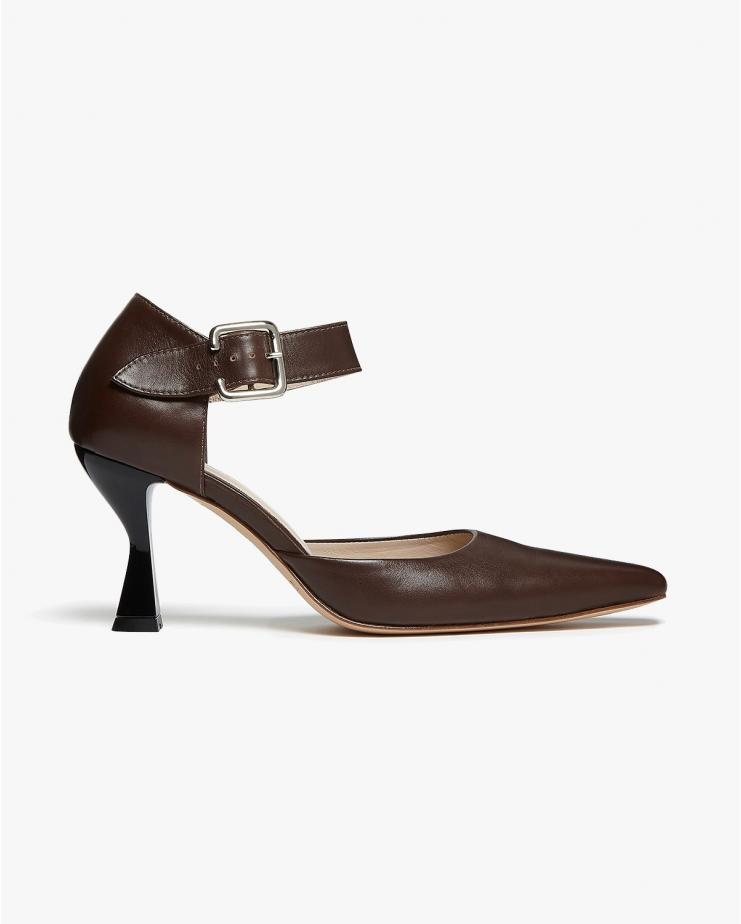 Kein Pumps in Brown Leather
