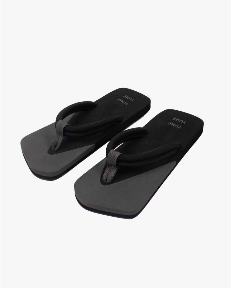 Xigy Flip-Flops in Asphalt...