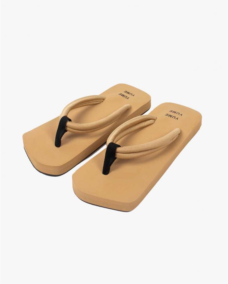 Xigy Flip-Flops in Tonal Beige