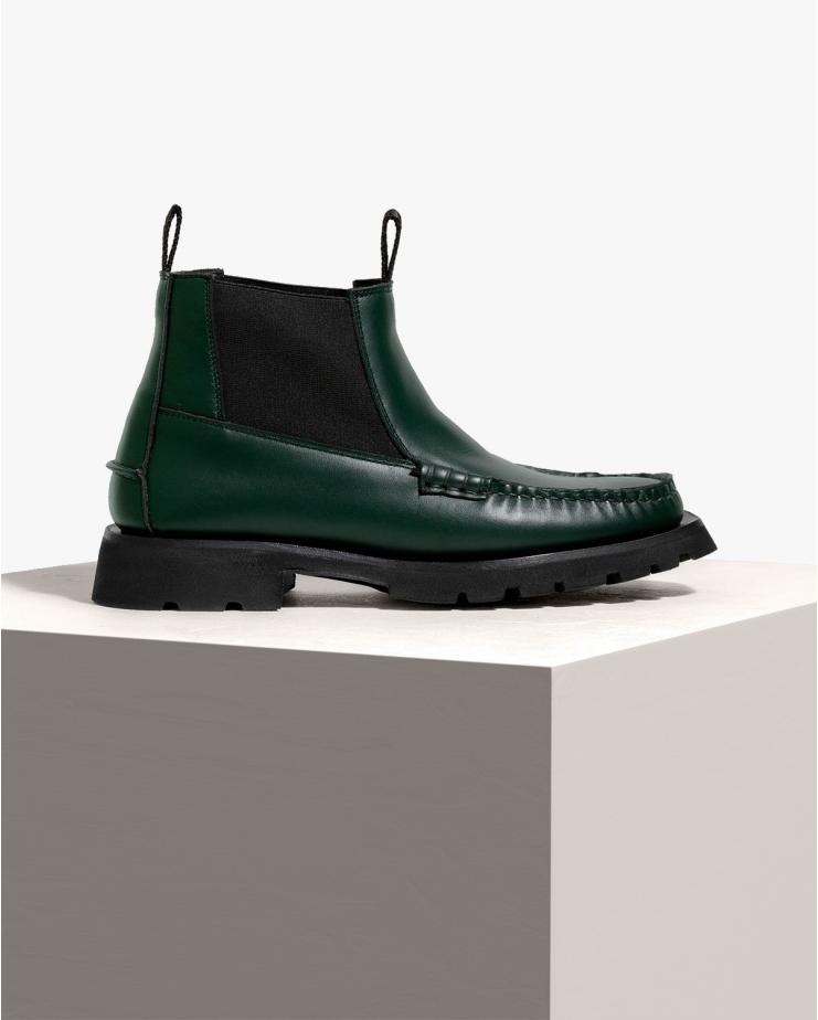 Vega Chelsea Boots in Dark...