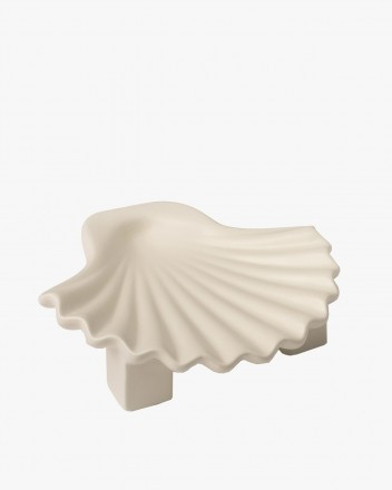Seashell plate White