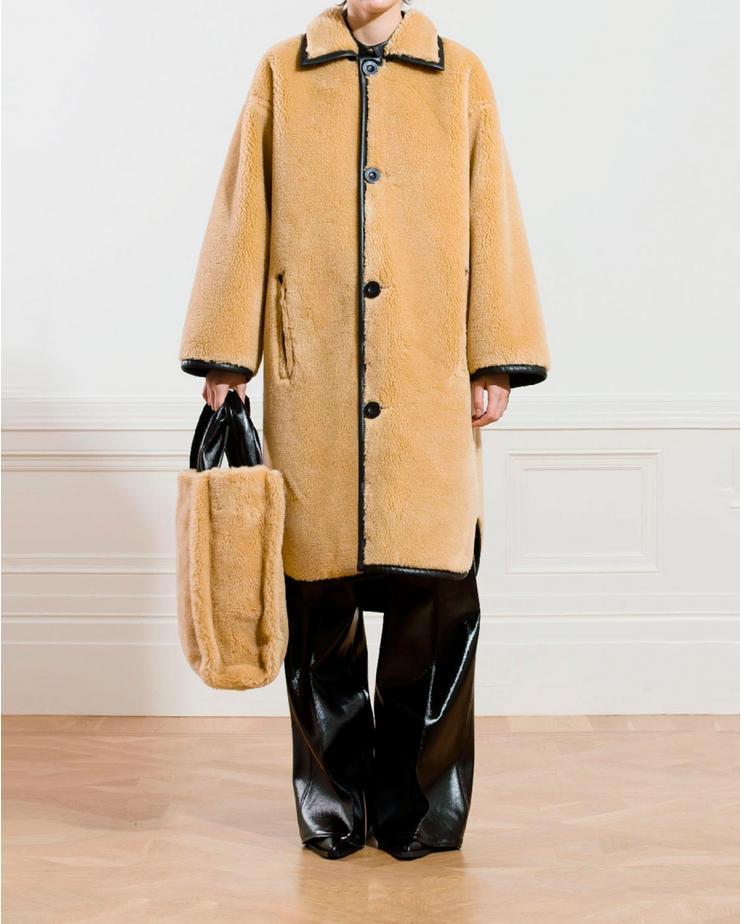 Gisla Shearling Coat in Honey