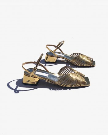 Low 70s Sandal in Gold