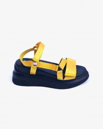 Velcro Sandal in Yellow