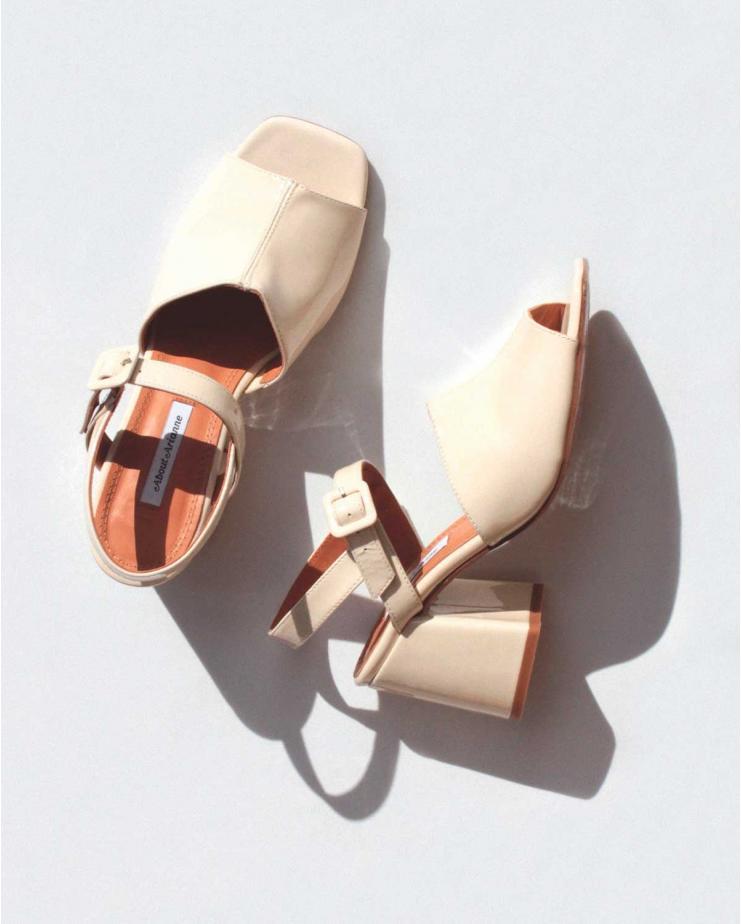 Rita Jasmine Sandals in White