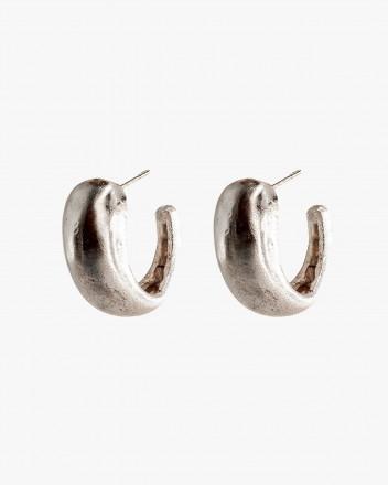 Gota Earrings in Silver