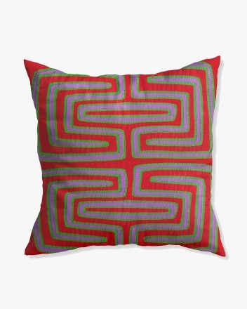 Kuna Cushion in Red