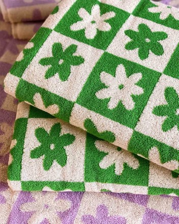 Celeste Bath Towel in Green
