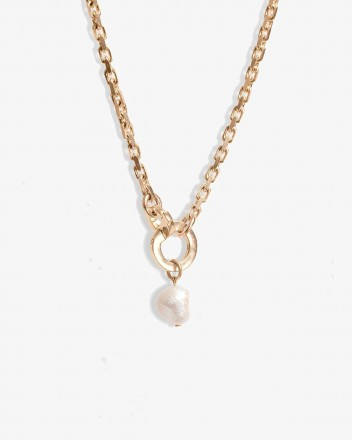 Pearled Necklace Drop in Gold
