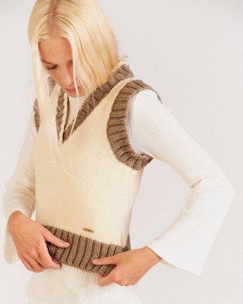 Torja Sweater in White