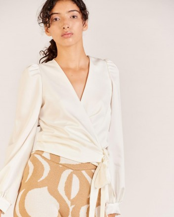 Ariana Blouse in Neutral