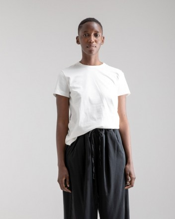 Simple T-shirt Woman in Off...