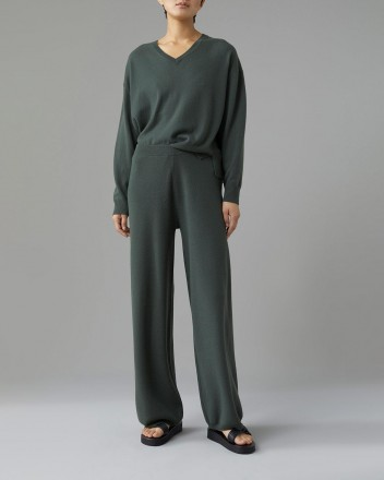 Knitted Pants Trouser in Green