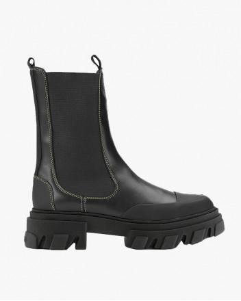 Mid Chelsea Boot In Black