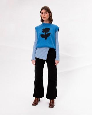 One Flower Knit Sweater Vest in Blue