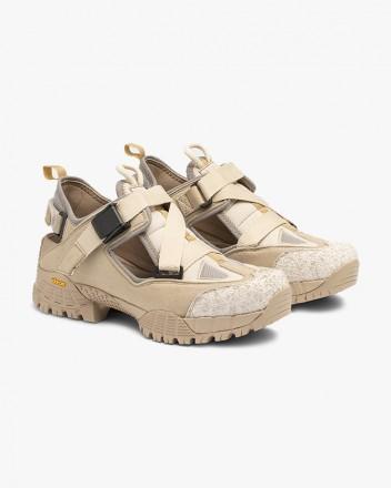 Hiking Sandal in Beige Suede