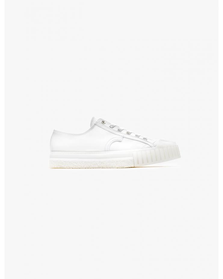 W.O. Sneakers in White Low...
