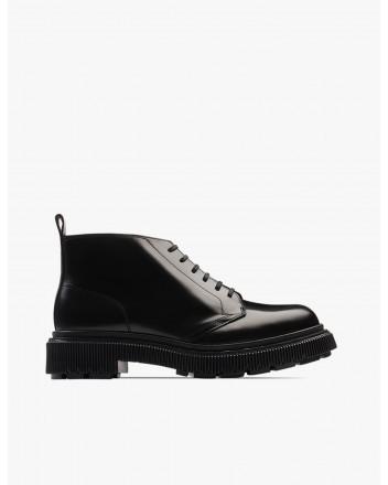 Type 121 Black Boots