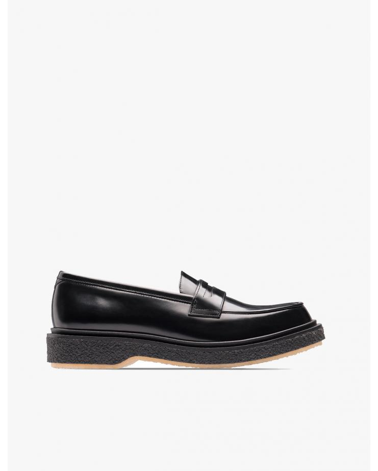 Type 5 Loafers in Black