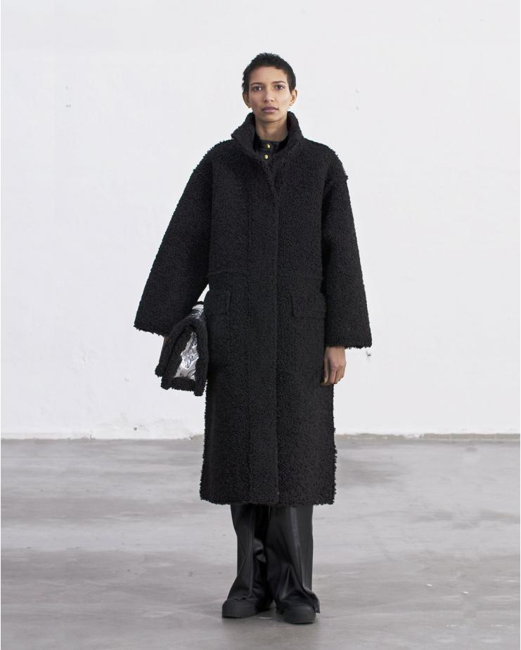 Hazel Coat Black