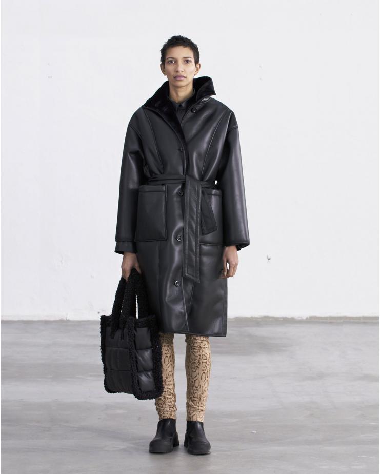 Krista Coat Black