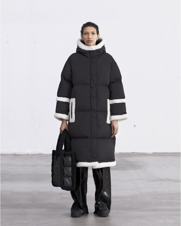 Frederica Coat Black